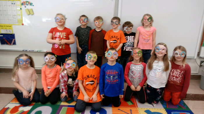 Mrs. Uhl's class wearing their 100 day glasses.