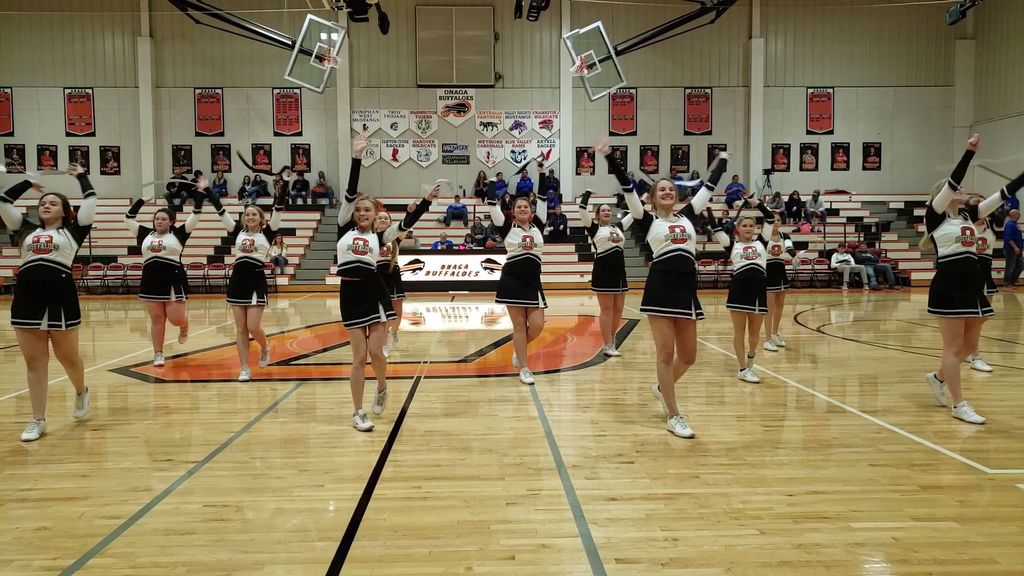 Onaga Spirit Squad performing routine 1.7.2020